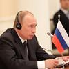 В.В.Путин: Улс төрийн зөвлөлдөх механизм ажиллаж эхэлснээр бүс нутгийн анхаарал татсан асуудлуудаар байр сууриа уялдуулах сайхан боломж нээгдэж байна