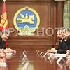 """2016 оны нэгдүгээр сарын 25. Монгол Улсын Их Хурлын дарга Зандаахүүгийн Энхболдод өнөөдөр /2016.01.25/ Монгол Улсад албан ёсны айлчлал хийж буй Бүгд Найрамдах Унгар Улсын Ерөнхий сайд Виктор Орбан дагалдан яваа албаны хүмүүсийн хамтаар бараалхав.<br /> Уулзалтын эхэнд Улсын Их Хурлын дарга, Бүгд Найрамдах Унгар Улсын Ерөнхий сайд Виктор Орбан тэргүүтэй хүндэт зочдыг Монгол Улсад тавтай зочлохыг урилаа.<br /> MPA PHOTO-6722<br /> Бүгд Найрамдах Унгар Улсын Ерөнхий сайд Виктор Орбан, Улсын Их Хурлын даргыг цаг гарган хүлээн авч уулзсанд талархал илэрхийлээд дагалдан яваа төлөөлөгчдийн бүрэлдэхүүнээ танилцуулсан юм. Мөн тэрээр """"Сүүлийн жилүүдэд манай улсын эдийн засаг хүндхэн байсан учир Улаанбаатар хот дахь Элчин сайдын яамаа хаасан. Хэцүү үе ард хоцорсон болохоор дахин Элчин сайдын яамаа нээлээ. Өнөөдөр Унгар Улсад 100 монгол оюутан суралцаж байна. Монгол Улсын Ерөнхийлөгч саяхан манай улсад албан ёсны айлчлал хийсэн. Эртний дотно харилцаа эргэн сэргэж байгааг энд тэмдэглэн хэлмээр байна"""" гэлээ.<br /> <br /> Улсын Их Хурлын дарга хэлэхдээ, уламжлалт найрсаг харилцаатай Унгар Улстай хамтын ажиллагааг бололцоотой бүх салбарт эрчимжүүлж, тогтвортой хөгжүүлэх нь Монгол Улсын гадаад бодлогын чухал зорилт болохыг онцлов. Монгол, Унгарын харилцаа, хамтын ажиллагааг шинэ шатанд гаргах, эдийн засгийн агуулгаар баяжуулахад Ерөнхий сайд Виктор Орбаны Монгол Улсад хийж буй анхны айлчлал ихээхэн ач холбогдолтойг тэмдэглэн хэллээ. Хоёр улсын хооронд дипломат харилцаа тогтоосны 65 жилийн ойн үеэр Унгар Улсын Ерөнхийлөгч, Гадаад хэрэг, худалдааны сайд нар айлчилсан болохыг дурдаад """"Хоёр орны парламент хоорондын харилцаа, хамтын ажиллагааг хөгжүүлэхэд өндөр түвшний харилцан айлчлал чухал үүрэгтэй"""" гэлээ.<br /> <br /> Ази, Европын Парламентчдын /АЕП/ дээд түвшний уулзалт энэ оны 04 дүгээр сарын 21-22-нд Улаанбаатар хотноо болохыг Улсын Их Хурлын дарга хэлээд, уг уулзалт арга хэмжээнд Унгар Улсын Парламентын даргад урилга илгээсэн. Монгол Улс, Унгар Улстай улс төр, эдийн засаг, бизнес """