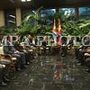 Монгол Улсын Ерөнхийлөгч Цахиагийн Элбэгдорж албан ёсны айлчлал хийхээр Бүгд найрамдах Куба улсын Гавана хотноо хүрэлцэн ирлээ.<br /> <br /> Угтах ёслолын эхэнд Ерөнхийлөгч Ц.Элбэгдорж Кубын үндэсний баатар Хосе Мартигийн хөшөөнд хүндэтгэл үзүүлж, цэцэг өргөв.<br /> <br /> Бүгд Найрамдах Куба Улсын Төрийн Зөвлөл болон Сайд нарын Зөвлөлийн дарга Раул Кастро Монгол Улсын Ерөнхийлөгч Ц.Элбэгдоржийг албан ёсоор угтан авч, мэндчилсэний дараа Хүндэт харуулын дарга илтгэл өгч хоёр орны Төрийн дуулал эгшиглэв.<br /> <br /> Угтах ёслолд Монголын талаас  УИХ-ын гишүүн, Гадаад харилцааны сайд Ц.Мөнх-Оргил, Монгол Улсаас БНКУ-д суугаа Онц бөгөөд Бүрэн эрхт Элчин сайд Ц.Батбаяр, Кубын талаас БНКУ-ын Гадаад хэргийн сайдын үүрэг гүйцэтгэгч, Тэргүүн дэд сайд Марселино Медина, БНКУ-аас Монгол улсад суух   Элчин сайд Раул Делгадо болон албаны төлөөлөгчид оролцлоо.<br /> <br /> Монгол, Куба  хоёр улсын улс төрийн харилцаа 1960 оны 12 дугаар сард дипломат харилцаа тогтоож,  1962 оны 7, 9 дүгээр сард харилцан бие биеийн нийслэлд ЭСЯ-аа нээснээр эхэлсэн. 1990-ээд оноос өмнө социализмын жилүүдэд Монгол, Кубын хооронд нам, төрийн шугамаар бүх шатны түвшинд харилцан айлчлалыг өргөн хэрэгжүүлж байсан. Үүнээс Монголын нам, төр, засгийн удирдагч Ю.Цэдэнбал 1972 онд, Ж.Батмөнх 1984 онд тус тус Куба Улсад, Кубын Коммунист намын 2 дугаар нарийн бичгийн дарга, Батлан хамгаалахын сайд Раул Кастро 1970 онд Монгол Улсад хийсэн айлчлал голлох байр суурь эзэлдэг юм.<br /> <br /> Монгол Улсын Ерөнхийлөгч Цахиагийн Элбэгдоржийн энэхүү айлчлал нь  дээрх айлчлалаас хойш хагас зуун жилийн дараа хийгдэж байгаа албан ёсны айлчлал гэдгээрээ онцлог юм.