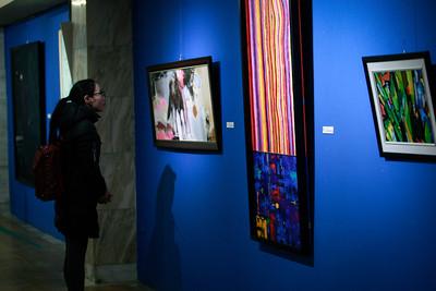 """2018 оны есдүгээр сарын 28. """"Дүрслэх урлагийн шилдэг бүтээл - 2018"""" үзэсгэлэн. ГЭРЭЛ ЗУРГИЙГ Г.ӨНӨБОЛД/MPA"""