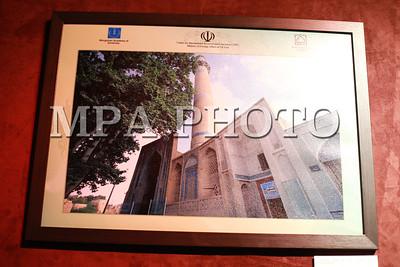 """2017  оны аравдугаар сарын 05. """"Иран дахь Ил Хаадын Өв"""" сэдэвт гэрэл зургийн үзэсгэлэн нээлтээ хийлээ. ГЭРЭЛ ЗУРГИЙГ Б.БЯМБА-ОЧИР/MPA"""
