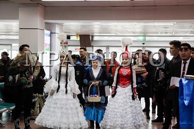 2017 оны гуравдугаар сарын 13.Казакстан улсын алдарт дуучин Төрэгали Төрэали Улаанбаатарт ирлээ. ГЭРЭЛ ЗУРГИЙГ Г.БАЗАРРАГЧАА/ МРА