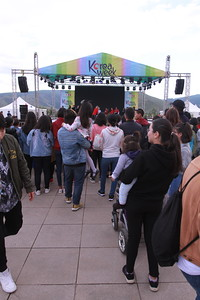 """2019 оны наймдугаар сарын 13. Солонгос хоолны фестиваль, """"K-POP"""" бүжгийн тэмцээн боллоо.  ГЭРЭЛ ЗУРГИЙГ Г.БАЗАРРАГЧАА/MPA"""