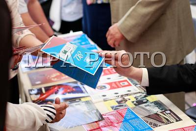"""2017 оны тавдугаар сарын 23. БСШУСЯ, Засгийн газрын хэрэгжүүлэгч агентлаг Соёл урлагийн газар хариуцан зохион байгуулж байгаа Соёл урлагийн байгууллагуудын """"Нээлттэй хаалганы өдөрлөг"""" боллоо. ГЭРЭЛ ЗУРГИЙГ MPA"""