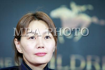 """2017 оны аравдугаар сарын 10. """"Чингисийн хүүхдүүд"""" уран сайхны кино 90 дэх удаагийн Академийн дээд шагнал болох Оскарын гадаад хэл дээрх киноны төрөлд Монгол Улсыг төлөөлөн анх удаа албан ёсоор өрсөлдөх эрх авсан талаар мэдээлэл хийлээ . ГЭРЭЛ ЗУРГИЙГ Г.ӨНӨБОЛД /MPA"""