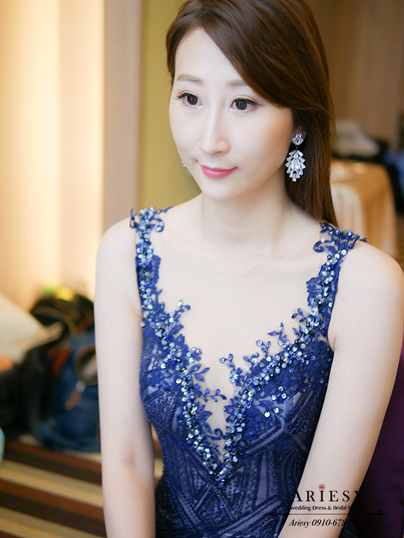 深藍色禮服髮型,油頭造型,新娘油頭,直髮新娘造型,台灣杭州跟妝,ariesy,愛瑞思