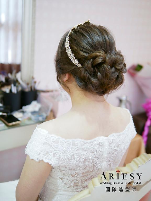自然清透妝感,編髮新娘造型,高盤髮鮮花造型,文定造型,莫蘭迪色花藝造型