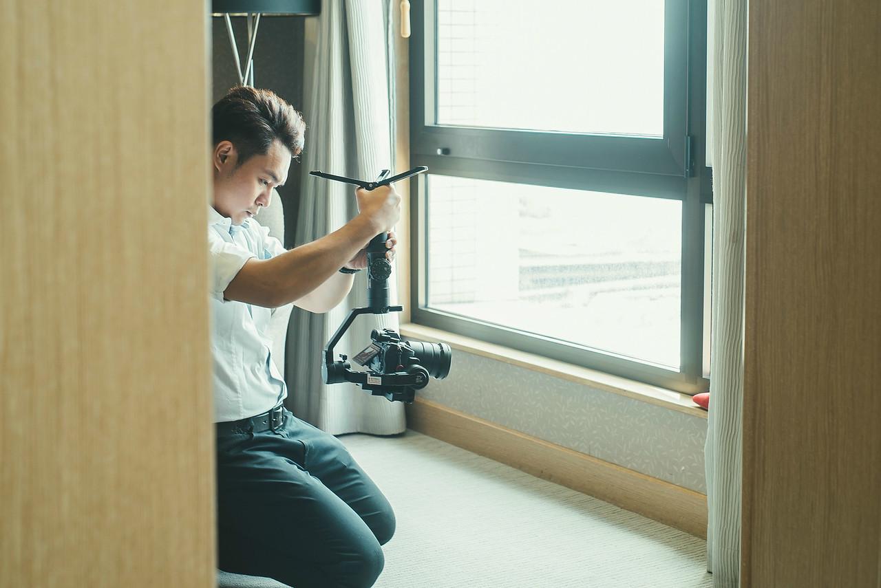 《婚攝喬依》服侍神的視角,紀錄幸福的模樣 / 攝影師專訪