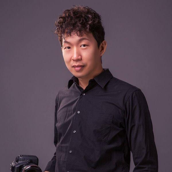 《婚攝孝威》隱身鏡頭後的仙氣婚攝 / 攝影師專訪