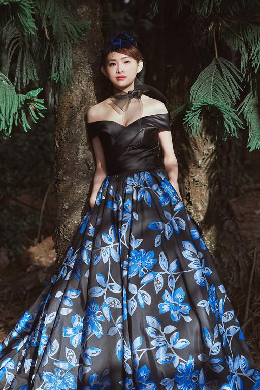 新莊婚紗,手工婚紗,新秘Ariesy,全家福寫真,自然妝感,手工婚紗,全家福