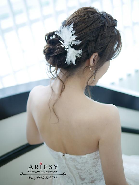 韓系羽毛新娘飾品,歐美新秘,白紗編髮新娘造型,愛瑞思,ariesy,新竹新秘