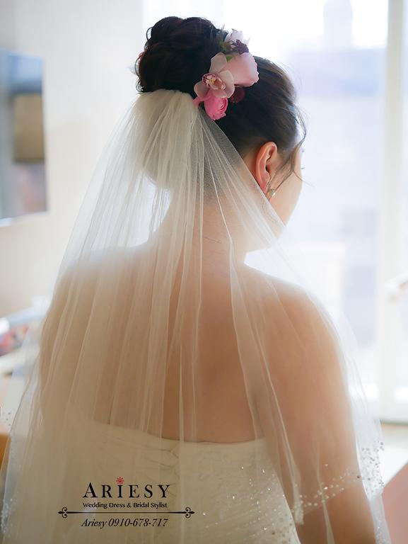 鮮花新秘,林酒店婚宴,台中新秘,時尚名媛新娘髮型,紅色禮服造型,大尺碼新娘禮服,林酒店婚宴,大尺碼新娘禮服,新娘髮型