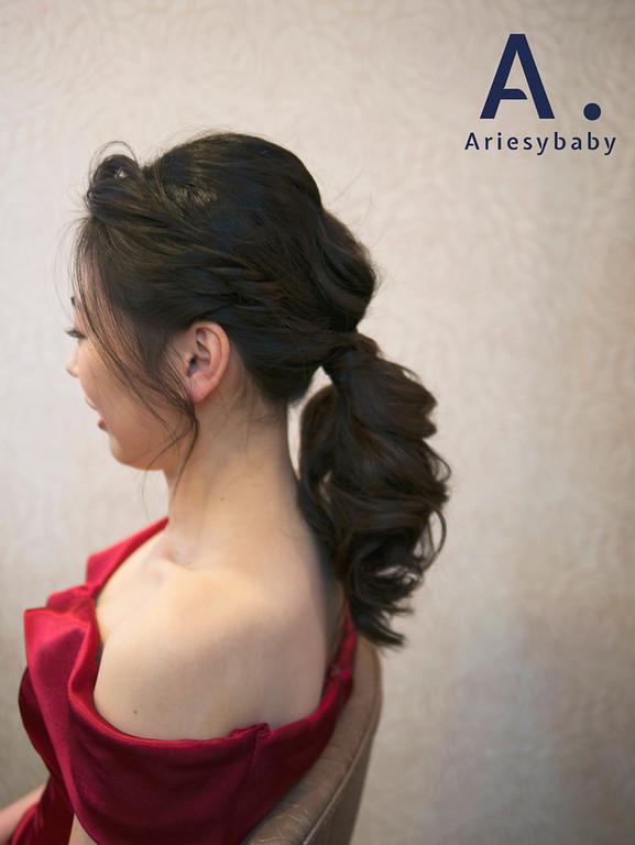 敬酒造型,Ariesy愛瑞思手工婚紗,Ariesybaby造型團隊,低馬尾新娘造型,乾燥花花藝飾品