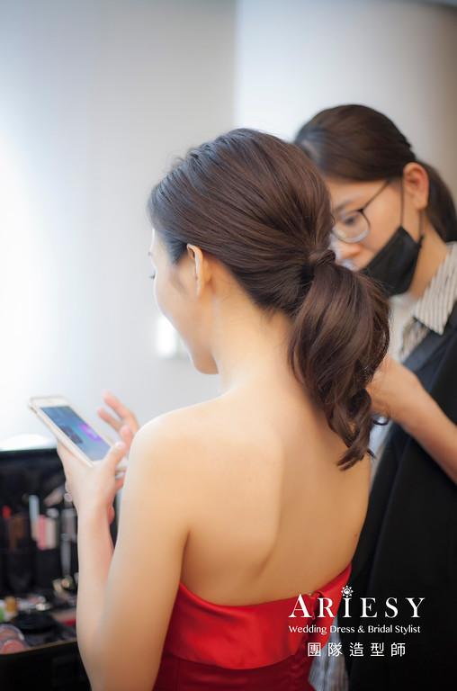 文定造型,馬尾造型,台中新祕,新娘秘書,新娘造型,自然清透妝感,紅色禮服造型