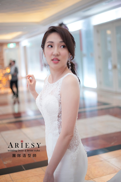 編髮造型,新娘祕書,新娘造型,新祕,推薦新祕,低馬尾造型,白紗造型