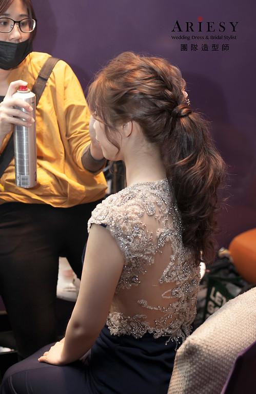 新娘髮型,編髮造型,台北新祕,新娘秘書,新娘造型,敬酒造型,馬尾造型,自然妝感,