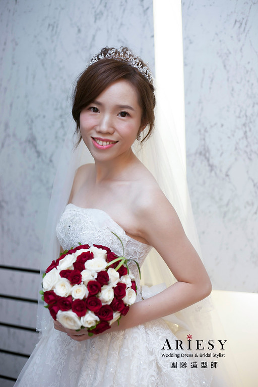 白紗造型,編髮造型,進場新娘髮型,台北彭園婚宴,新娘造型,迎娶造型