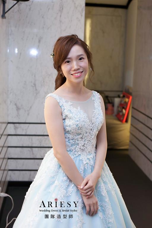 敬酒造型,蓬鬆編髮造型,台北新娘祕書,新娘造型,台北彭園婚宴,花藝造型
