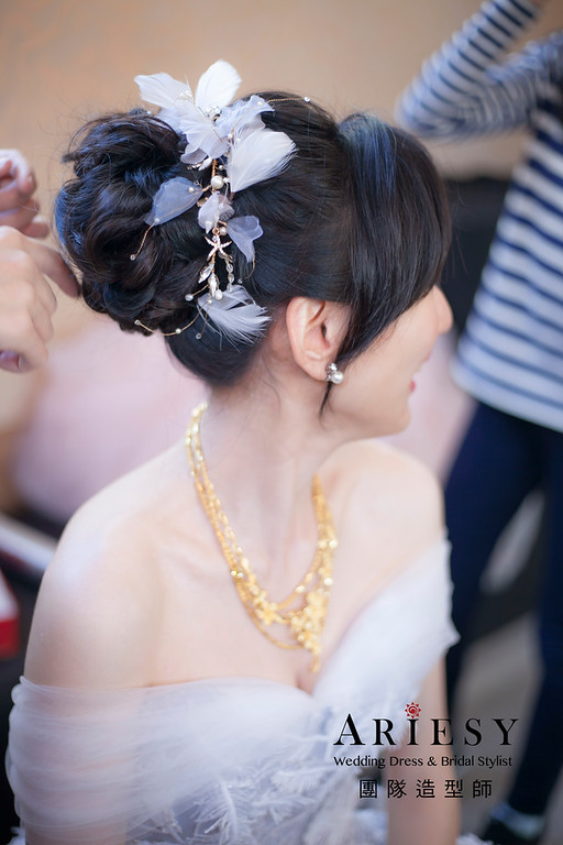 送客造型,蓬鬆編髮造型,新娘造型,新娘祕書,黑髮新娘造型,台北新祕