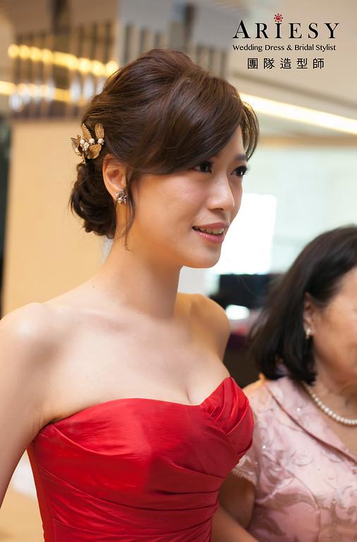 文定造型,簡單蓬鬆線條,維多麗亞酒店婚宴,紅色禮服造型,新娘造型
