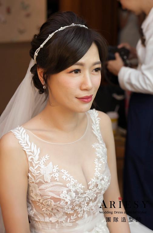白紗造型,簡單蓬鬆線條,維多麗亞酒店,戶外證婚儀式造型,進場新娘髮型,新娘髮型