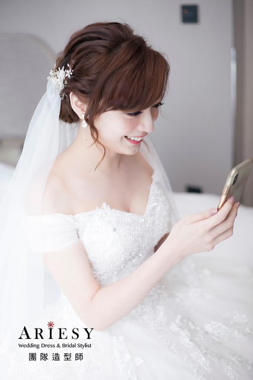 白紗造型,蓬鬆編髮造型,新娘造型,迎娶造型,鮮花花藝飾品,鮮花新祕