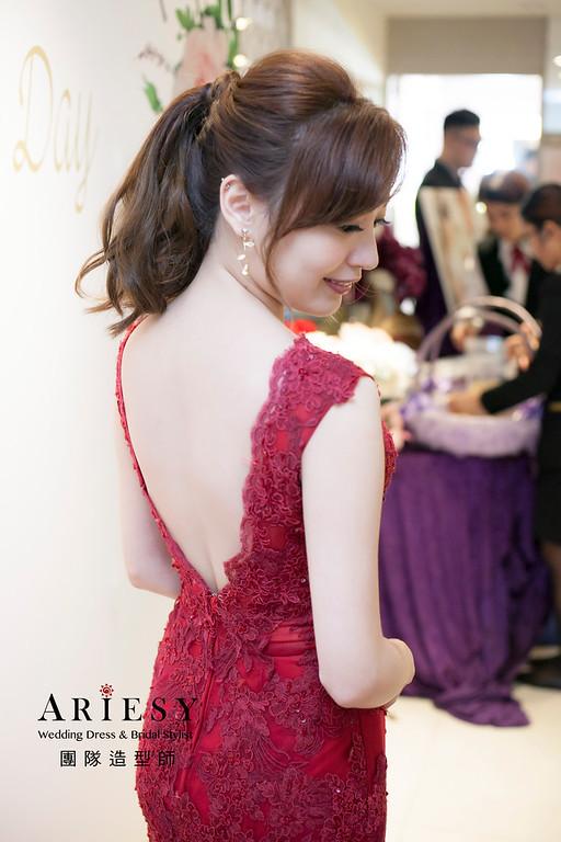 送客造型,蓬鬆編髮造型,新娘髮型,馬尾新娘造型,台北新祕,紅色禮服造型
