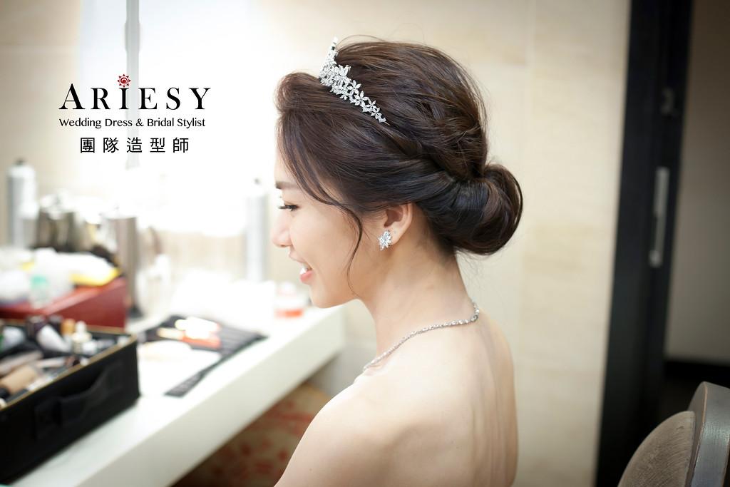 新娘秘書,白紗造型,新娘髮型,自然妝感,蓬鬆編髮