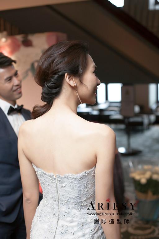 新娘秘書,敬酒造型,新娘髮型,名媛造型,蓬鬆編髮