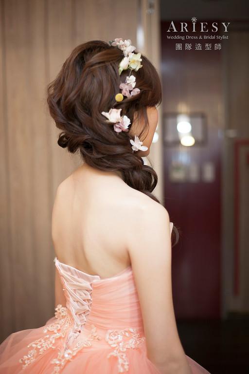 送客造型,蓬鬆編髮造型,乾燥花花藝飾品,新娘造型,府中晶宴婚宴,短髮造型