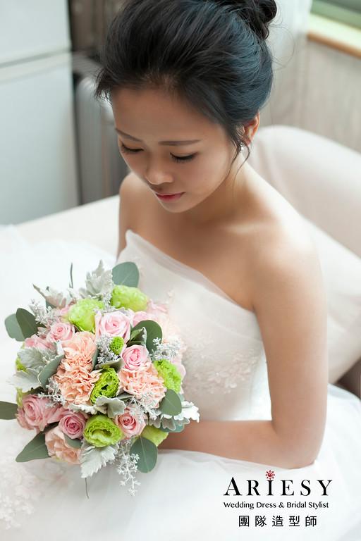 台北新娘祕書 | .黑髮新娘秀禾服新娘造型 新店頤品大飯店 BRIDE Shelly