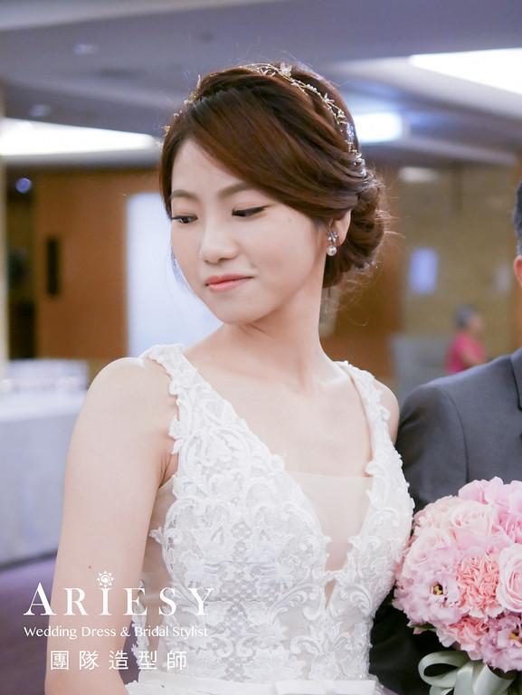 白紗進場髮型,編髮造型,新娘編髮造型,髮量多新娘,新娘妝