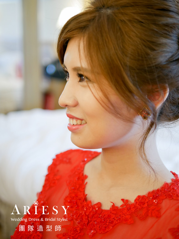 迎娶造型,台北新秘推薦,清透妝感,旗袍造型,文定造型