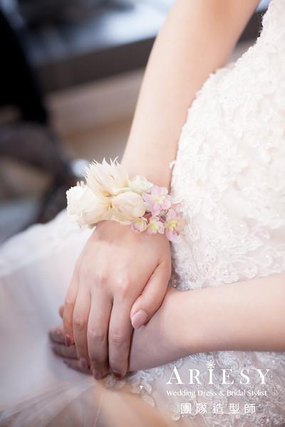 粉色禮服造型,送客髮型,新秘花藝,鮮花新娘造型,新秘編髮