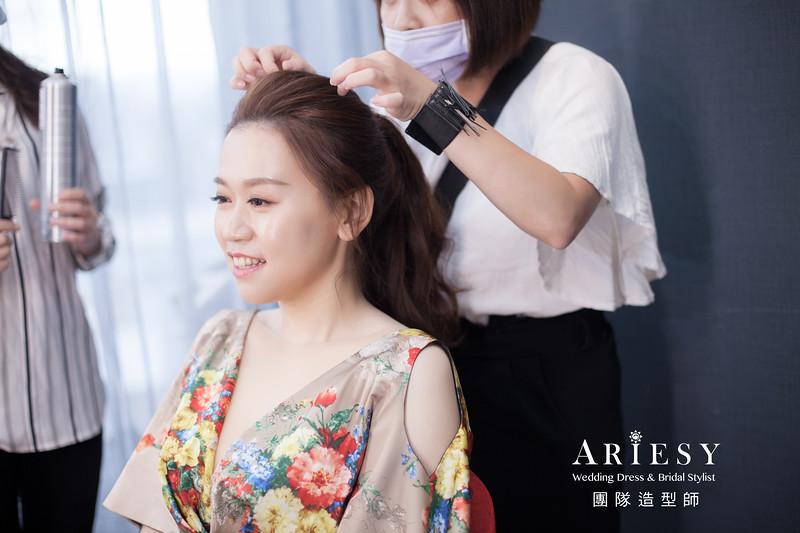 花布禮服造型,敬酒髮型,新娘時裝風格,髮量多新娘,新娘髮型