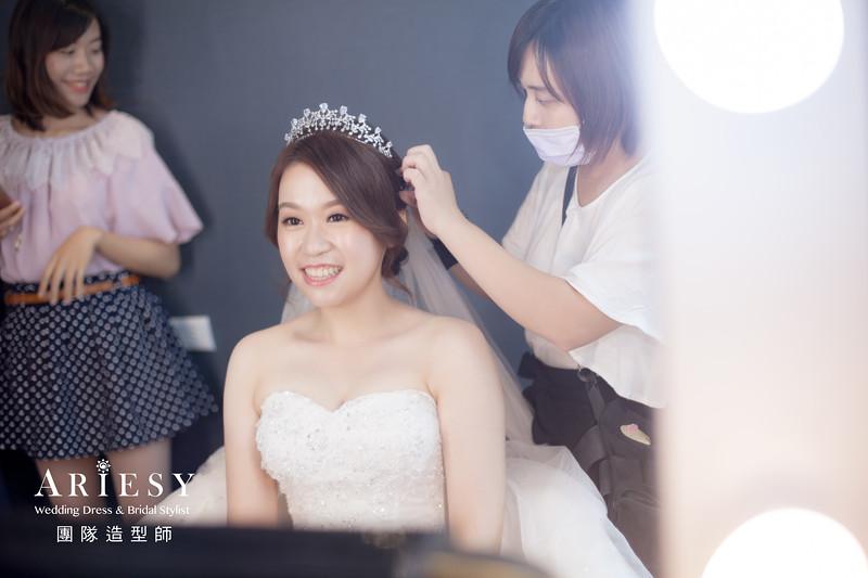 白紗進場髮型,編髮造型,新娘編髮造型,皇冠新娘造型,新娘清透妝