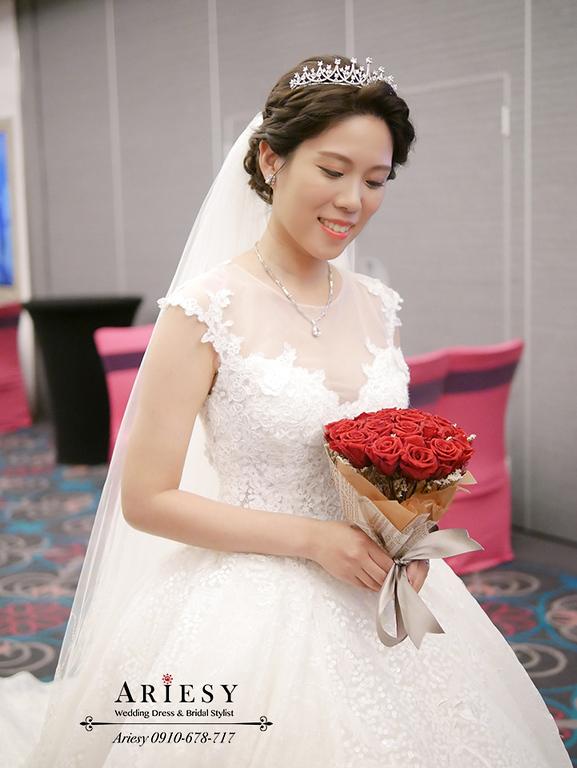 皇冠造型,白紗造型,新娘秘書,新秘,維多麗亞婚禮,新娘妝感