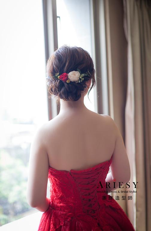 文定造型,盤髮造型,台北新祕,新娘秘書,新娘造型,自然清透妝感,花藝新娘飾品,鮮花新祕