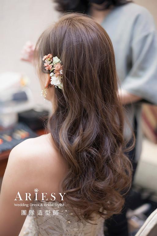 新娘髮型,編髮造型,台北新祕,新娘秘書,新娘造型,敬酒送客造型,花藝飾品