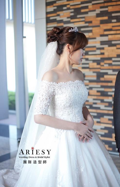 白紗造型,編髮新娘造型,鮮花花藝飾品,台北萬怡酒店,短髮新娘造型
