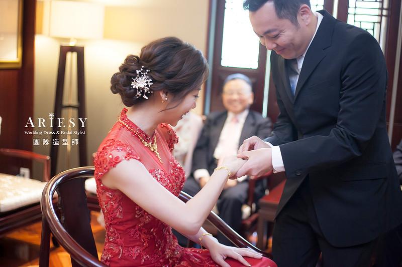 文定造型,盤髮造型,台北新祕,新娘秘書,新娘造型,自然清透妝感,紅禮服造型