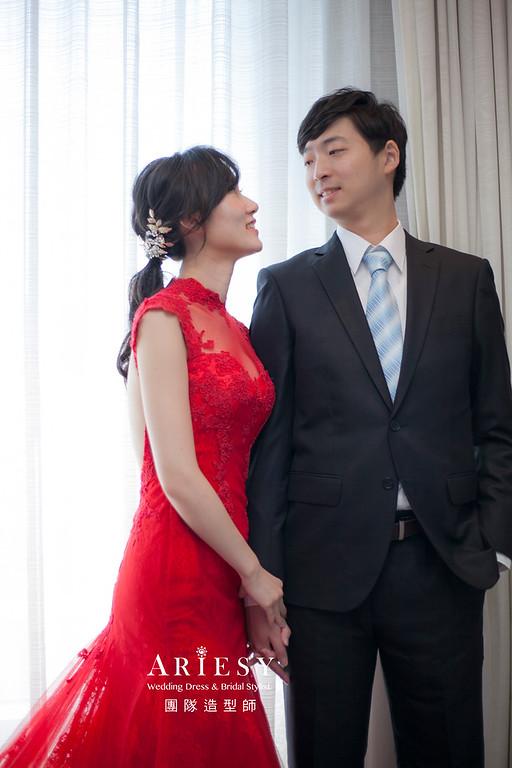 文定造型,低馬尾,台北新祕,新娘秘書,新娘髮型,自然清透妝感,紅色禮服造型,黑髮新娘