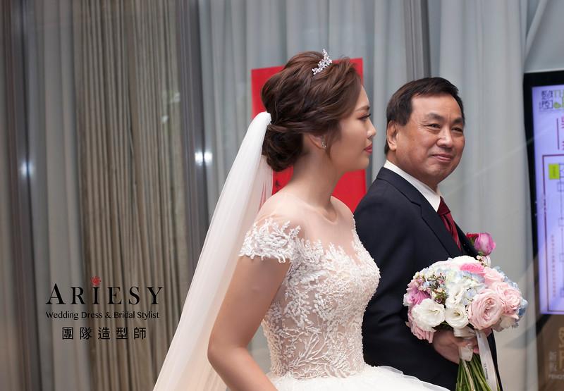 白紗造型,編髮新娘造型,鮮花飾品,自然妝感,新娘髮型