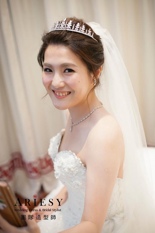 新娘造型,白紗造型,新娘髮型,白紗進場造型,台北新祕
