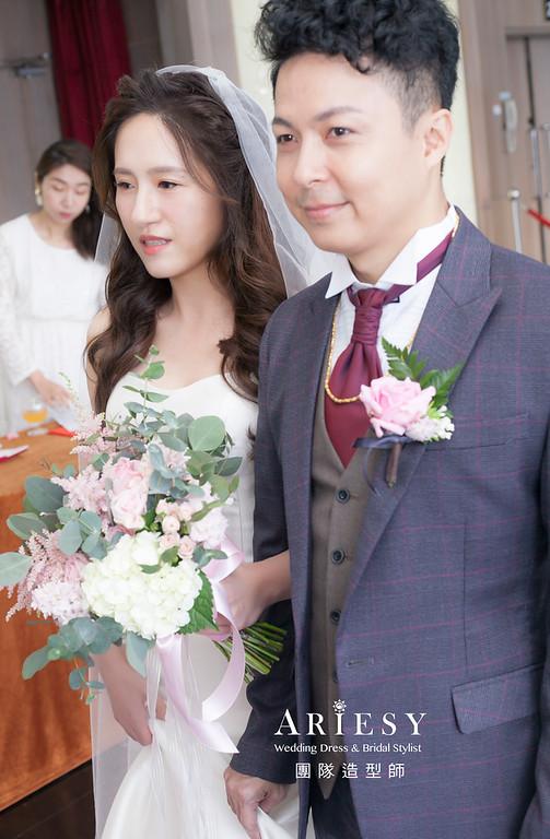 白紗造型,放髮造型,台北新祕,新娘秘書,新娘造型,自然清透妝感,推薦新祕,