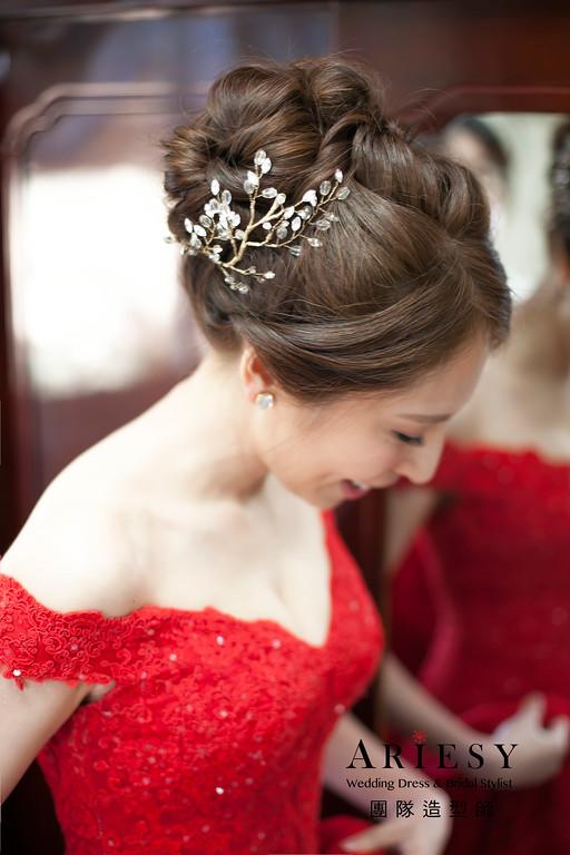 台北新祕,蓬鬆編髮造型, 新娘造型,晚禮服髮型,甜美浪漫風格