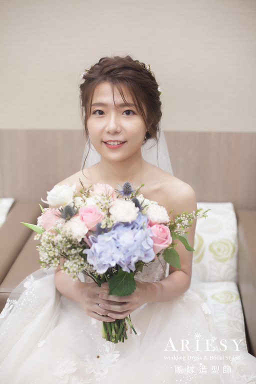 白紗進場髮型,編髮造型,新秘,新娘秘書推薦,花藝造型