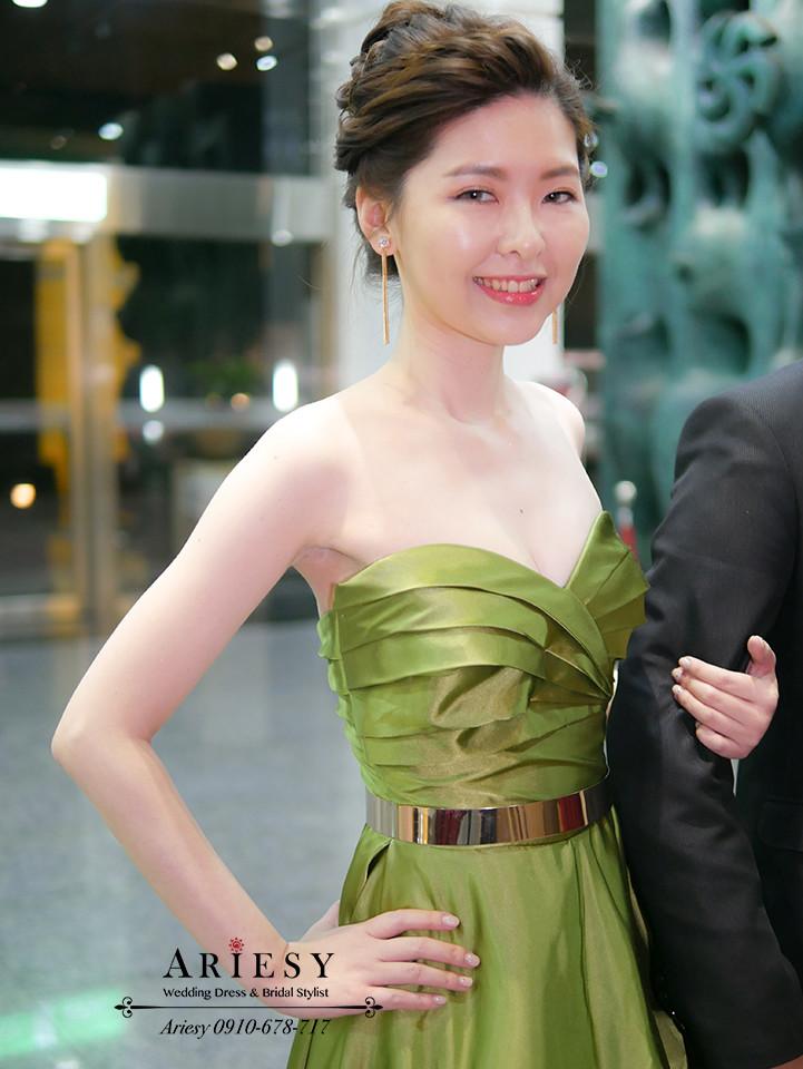 敬酒造型,編髮盤髮,台北新娘秘書,時尚盤髮,金色腰帶,單眼皮新娘,新秘作品
