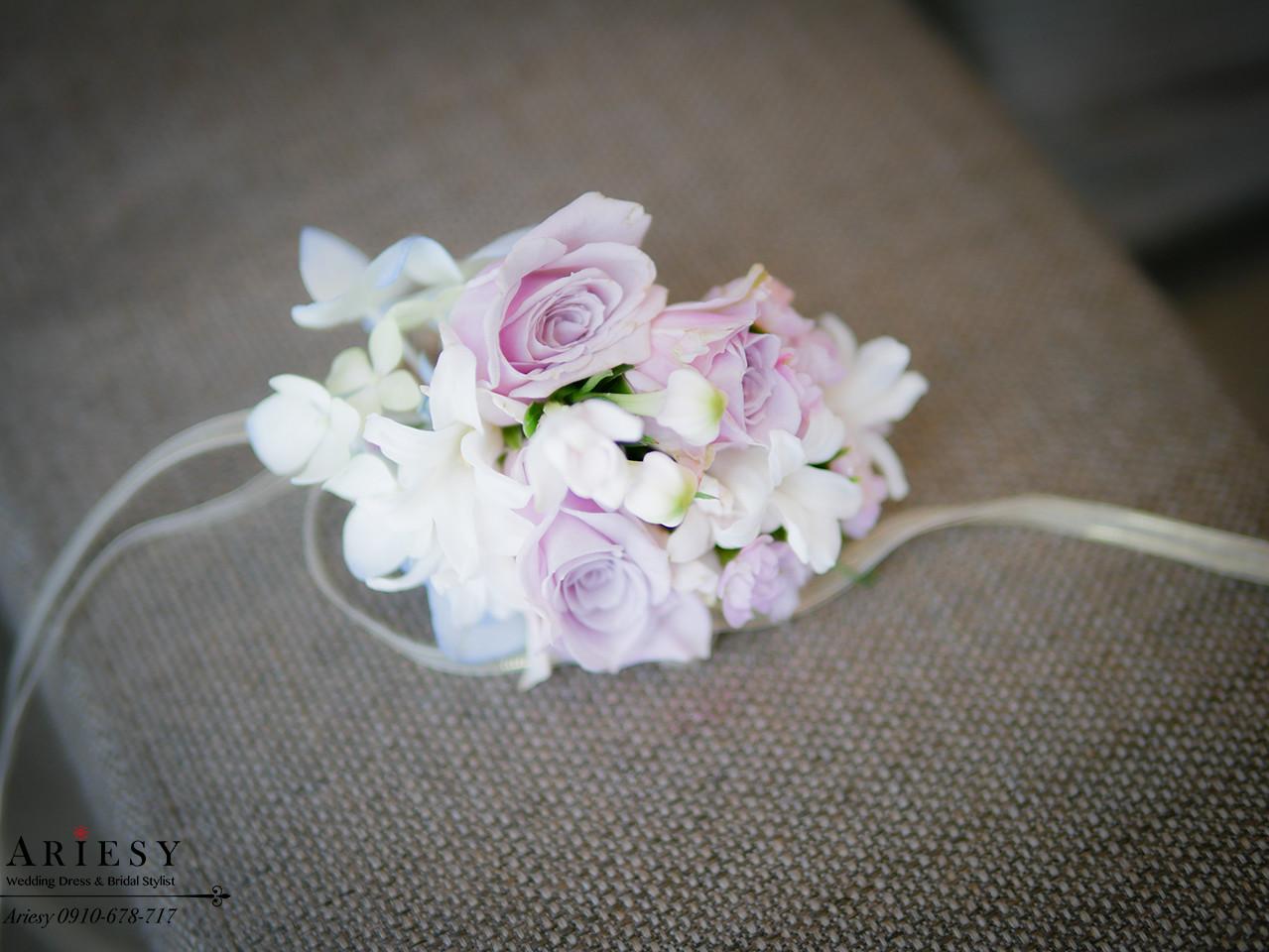 紫色禮服造型,手腕花,新娘造型,新娘花藝,台北新秘