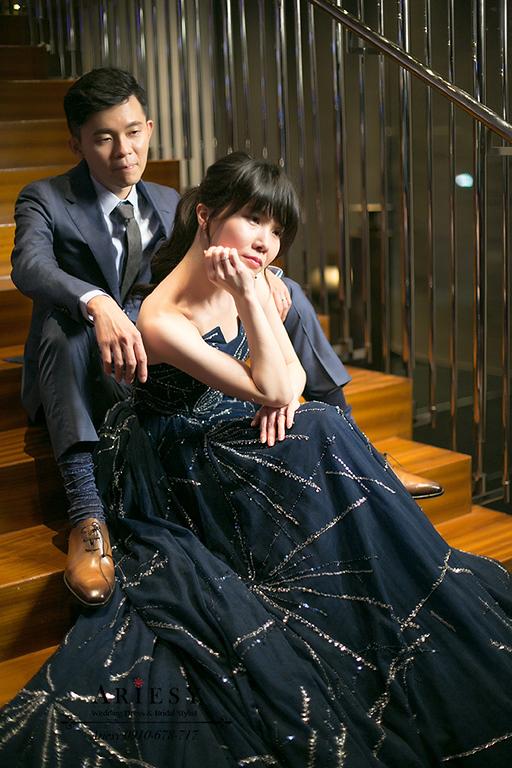 whotel,新娘秘書,新秘,台北新秘,深藍色禮服,馬尾髮型